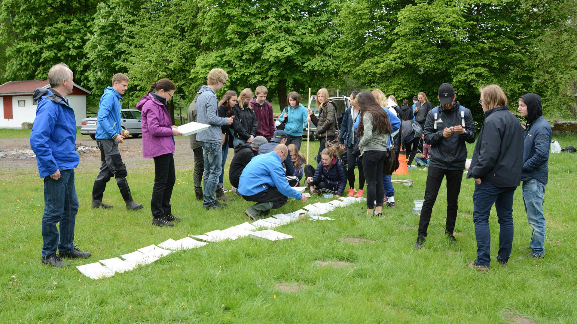 Naturpedagogik med skolklasser. Foto: Mattias Roos, Kristianstads kommun