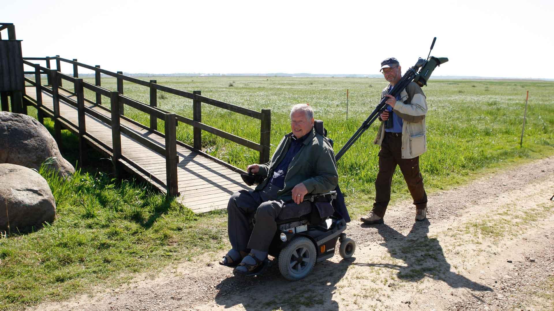 Skådarplattformen på Håslövs ängar är tillgänglig med rullstol. Foto: Patrik Olofsson/N