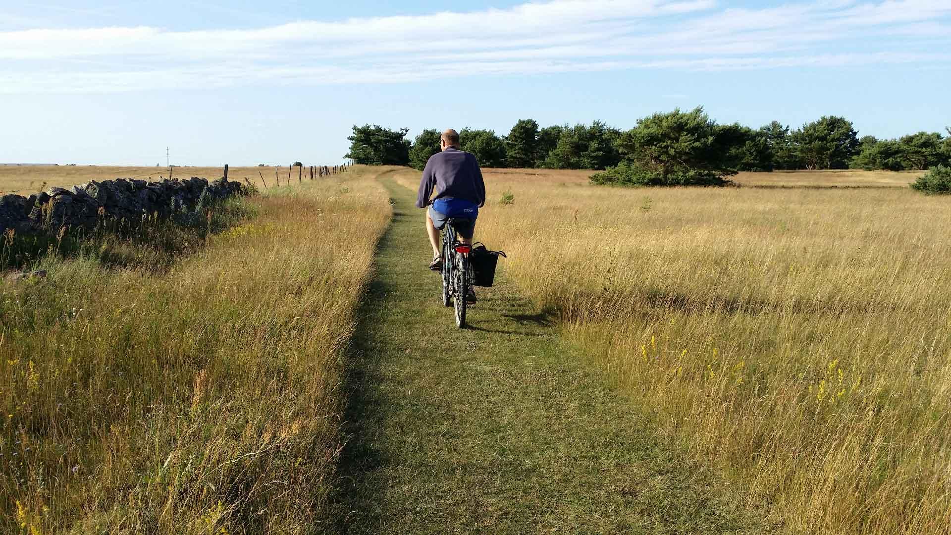 Cyklist på sånnarna. Foto: Karin Magntorn