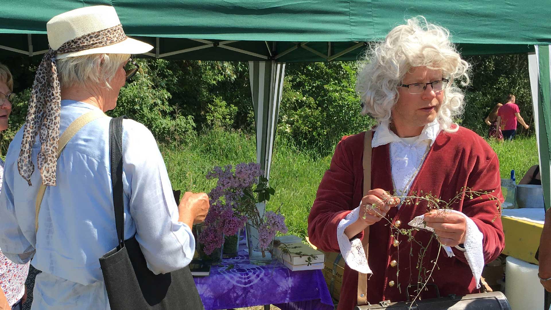 Linné gästade Seniordagen vid naturum. Foto Karin Magntorn