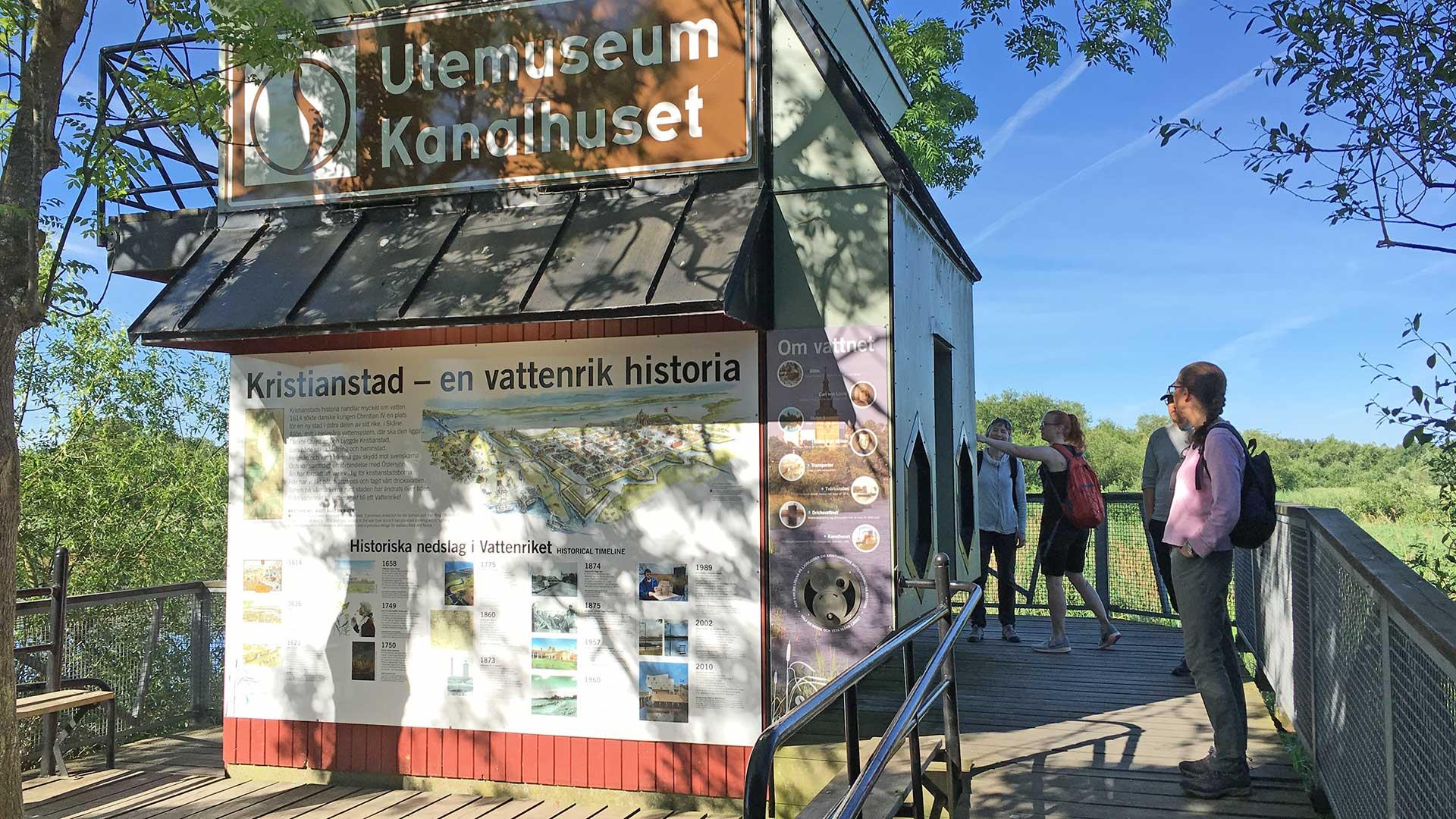 Kanalhuset längs Linnérundan. Foto Ebba Trolle
